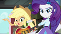 "Applejack criticizes Rainbow's ""five-minute guitar solo"" EG2.png"