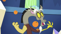 Discord makes it rain oranges S5E22