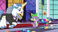 Fancy Pants helping Spike S5E10