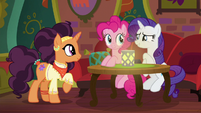 Rarity politely declines Saffron's food S6E12