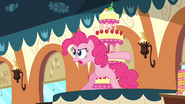 S02E24 Pinkie broni tortu