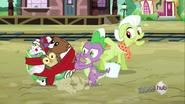 S03E11 Babcia Smith zauważa Spike'a