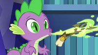 Spike sends another scroll to Princess Celestia S6E15