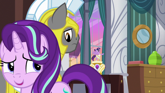 File:Starlight Glimmer nervously walks past guard S7E10.png