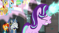 Starlight Glimmer throws another magic rope S7E26