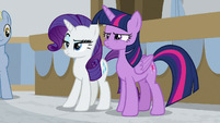 Twilight and Rarity very skeptical S8E16