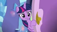 Twilight entering Spike's bedroom S8E24