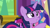 "Twilight nervous ""of course you are"" S7E1"