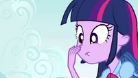 Twilight toca seu nariz EG