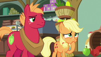 Young Applejack starting to feel ashamed S6E23