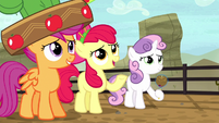 Apple Bloom changes the subject S5E6
