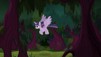 Fake Twilight flying through the forest S8E13