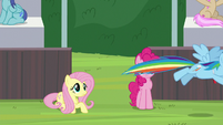 Rainbow Dash flying onto the field S9E15