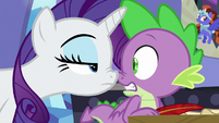Rarity and Spike nose-to-nose S9E19