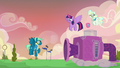 Sky Stinger trying the wind machine again S6E24.png