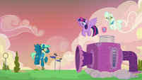 Sky Stinger trying the wind machine again S6E24