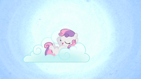 Sweetie Belle on a cloud S1E17