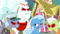 "Trixie ""why are they looking at me like that?"" S7E2"