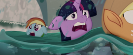 Twilight, AJ, and Rainbow in the rapids MLPTM