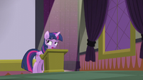 Twilight Sparkle displeased S5E25