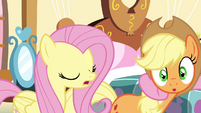 AJ getting pulled by Pinkie S4E18