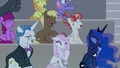 Audience ponies laugh at the Young Six S8E7.png