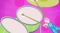 Closeup of Pinkie Pie's drums EG2