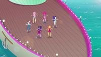 Girls on deck without Applejack EGDS41
