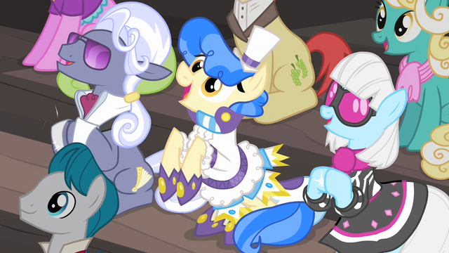 File:Hoity Toity, Sapphire Shores and Photo Finish clapping their hooves S4E08.png