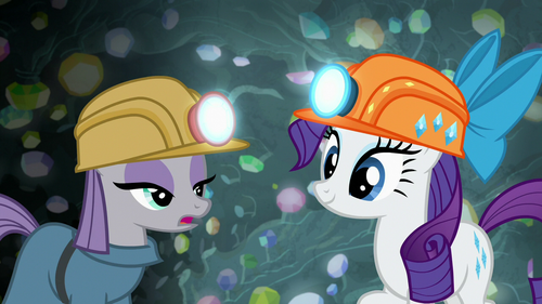 Maud Pie and Rarity in a cave S7E4
