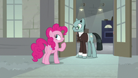 "Pinkie ""we don't need to make Cheese laugh"" S9E14"