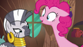 Pinkie Pie stretching her neck S7E19.png