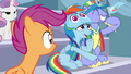 Scootaloo watching Bow and Windy cheer S7E7.png