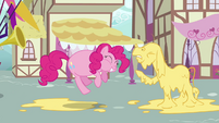 Stuffed Pinkie Pie and blind Cranky S02E18