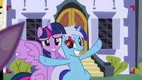 Twilight and Minuette smile for the camera S5E12
