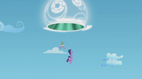 Twilight and Spike fall through the portal S5E25