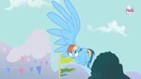 202px-Rainbow's big wing S3E5