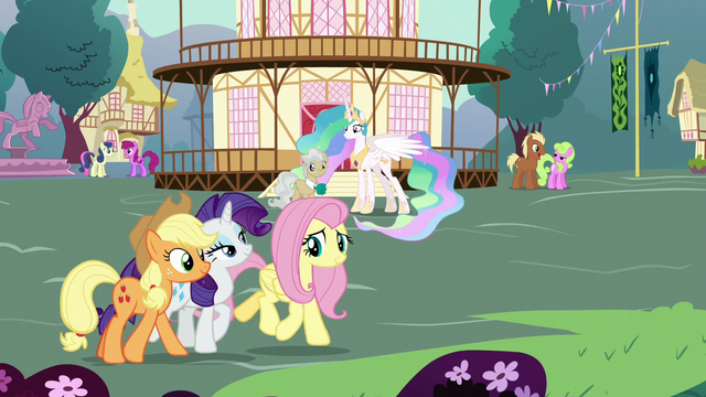 File:AJ, Rarity, and Fluttershy walk through Ponyville S7E1.png