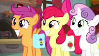 Cutie Mark Crusaders grinning innocently S5E6