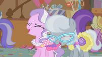 Diamond Tiara and Silver Spoon laugh at Apple Bloom S01E12