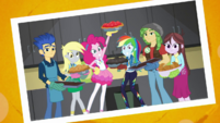 Photo of Rainbow Dash and the baking club EGDS4