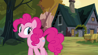 Pinkie Pie walking away from Cranky's house S02E18