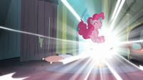 Pinkie enters the comic book S4E06