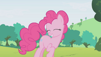 Pinkie laughing at Rainbow Dash S1E05