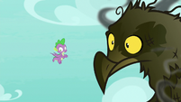 Spike flying next to roasted roc S8E11