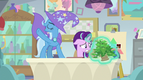 Starlight stops Phyllis from shattering again S9E20