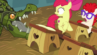 Apple Bloom and Twist scared of cragadile S9E12