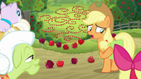 "Applejack ""and sprung all our traps"" S9E10"