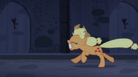 Applejack galloping scared S4E03