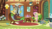 Discord stuffing sandwich into his mouth S7E12